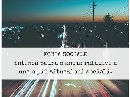 AFFRONTARE LA FOBIA SOCIALE