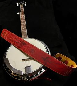 Banjo and strap on Black1