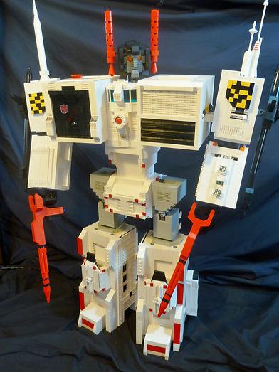 Chris - giant city bot Metroplex 2.JPG