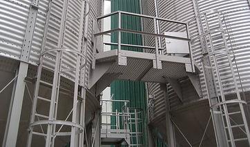 passerelle de visite silos / cellules à fond conique