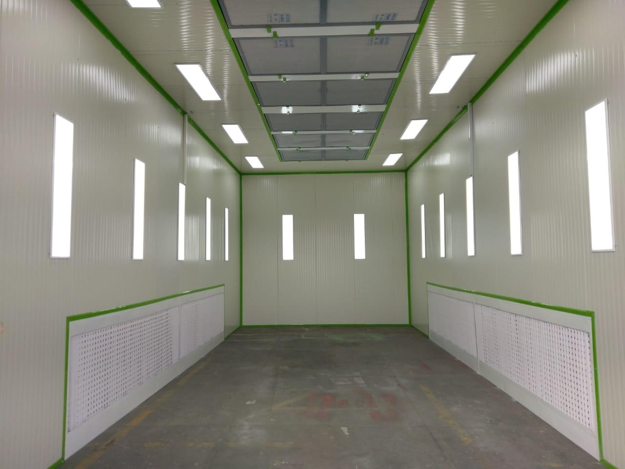 Interior cabina automotriz