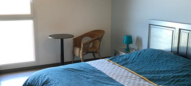 Lure chambre 1 lit.JPG