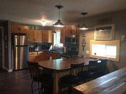 Maximize space and seating in kitchen remodel
