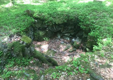 Ancien piège à loup des Granges sur Salvan