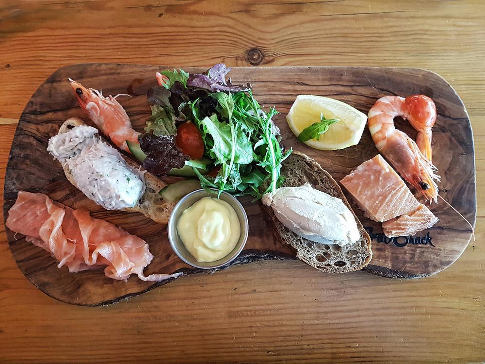 Fish & Shellfish board
