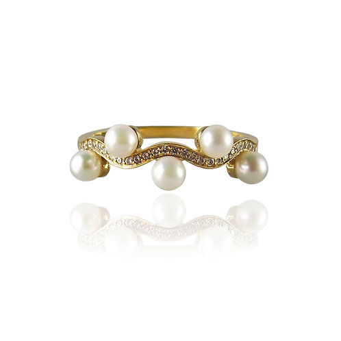 Wave ring with pearls