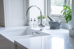 Traditional Style Sink