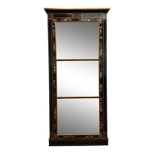 Late 20th Century Chinoiserie Black Lacquer Display Cabinet by Baker Furniture