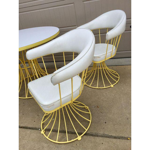 This MCM Vintage Dining Set Features A Fun Yellow Metal Base And Four Chairs  That Swivel. Structurally In Great Shape. All Chairs Do Need Reupholstering.