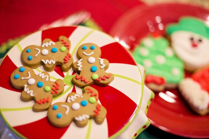 Weekday Picks: Reindeer Hike, Gingerbread Celebration, an Elf Musical & More December 5 - 9, 201