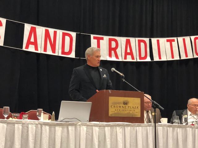 Motivational speaker Mark Mayfield talks to the IAAF in Springfield last weekend / CIFN photo.