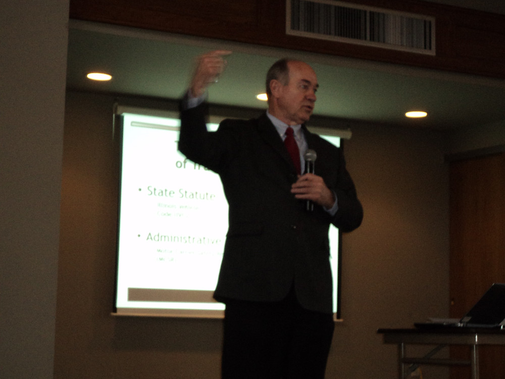 IFB's Kevin Rund presents an On-the-Road seminar in Pontiac / CIFN photo.