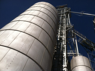 Managing grain bin safety
