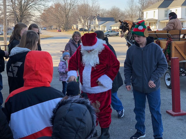 Santa visits with kids in Anchor, Illinois earlier this month / CIFN photo.