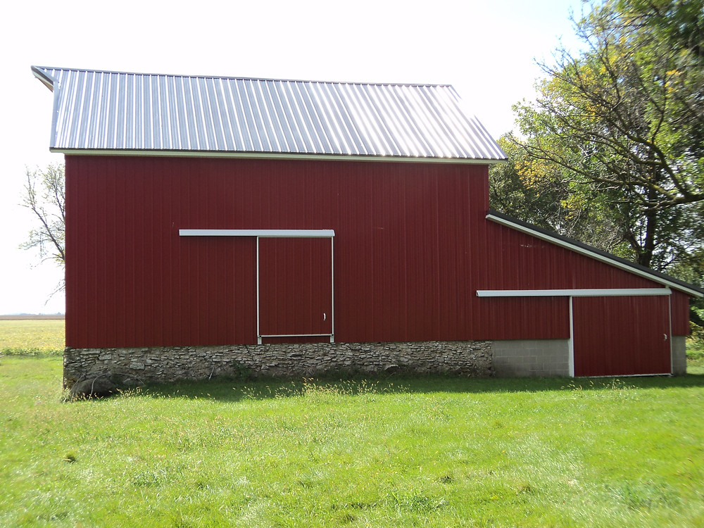 This rural Fairbury barn was recently renovated / CIFN photo.