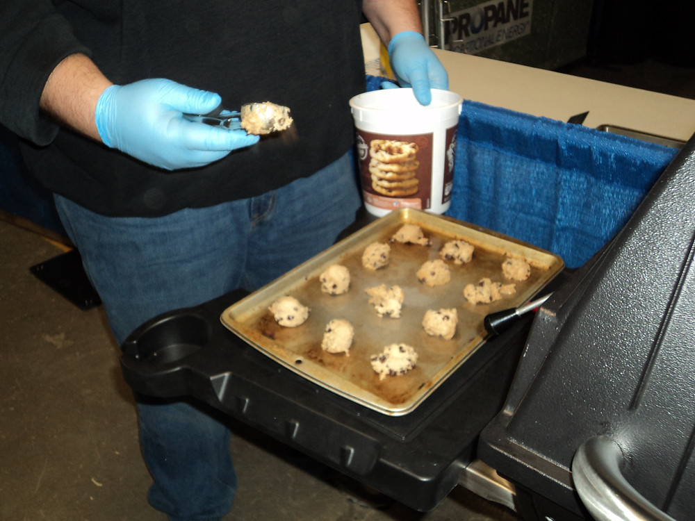 Hicksgas serves up chocolate chip cookies each year at Midwest Ag Expo / CIFN photo