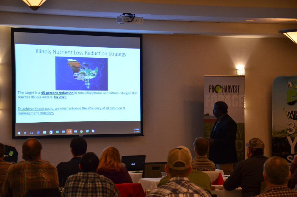 Dr. Shalamar Armstrong presents findings at a cover crop meeting in Bloomington / photo courtesy of Alex Benoit