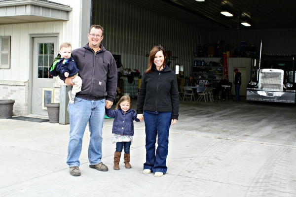 Justin Durdan and his family are shown on their farm / photo courtesy of ilcorn.org.