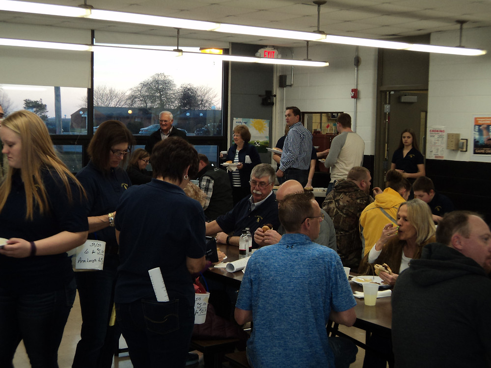 The 2017 Flanagan-Cornell FFA Auction meal is shown / CIFN file photo.