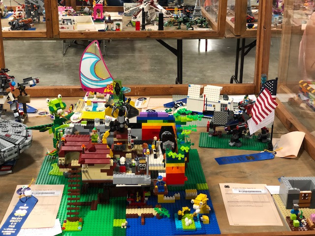 Projects displayed at last week's McLean County Fair in Bloomington / CIFN photo.