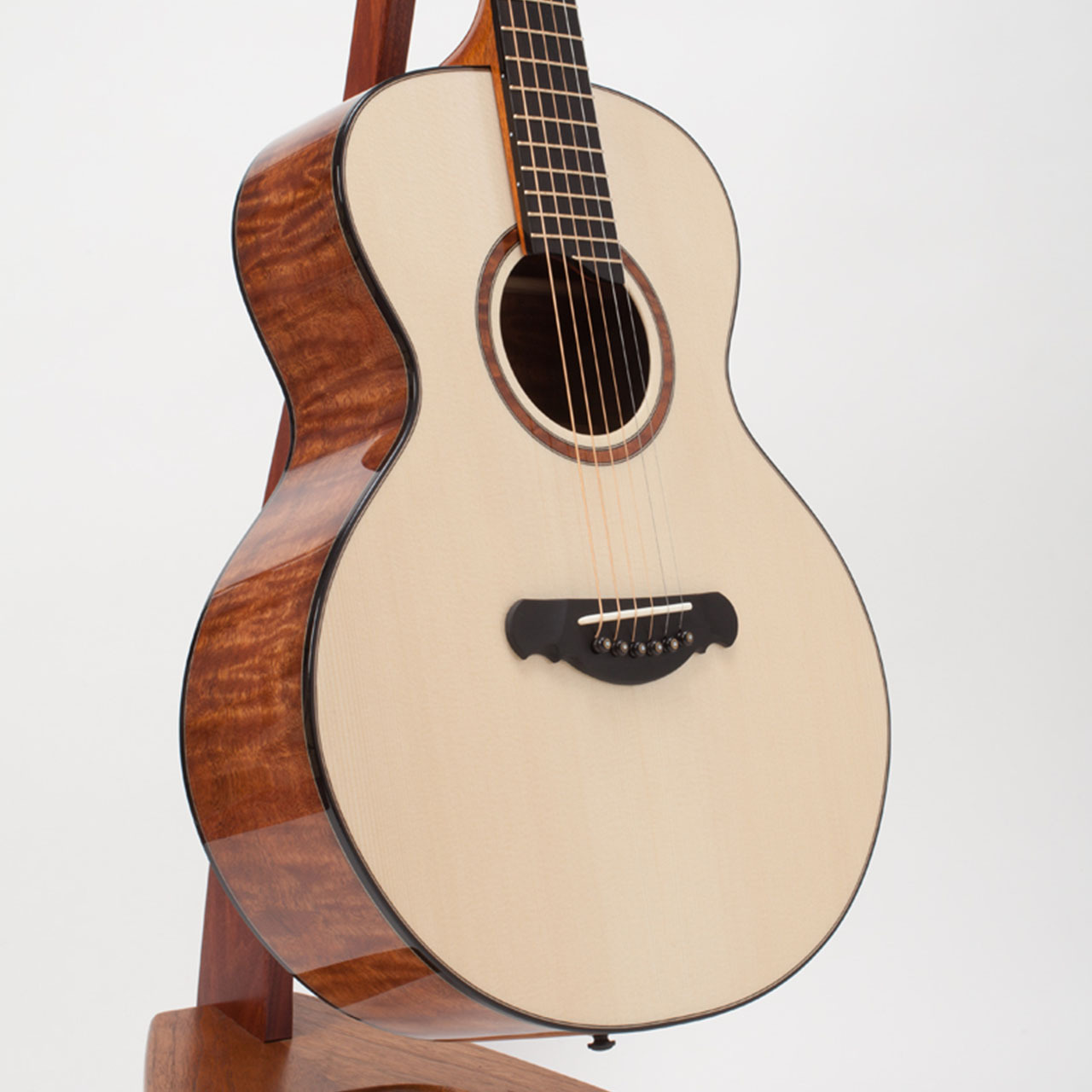 Guitar_6_7__84357.1445947032.1280.1280.jpg