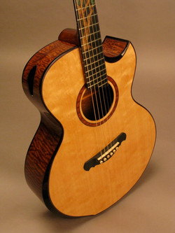 Bamburg Custom Guitar Fan Fret