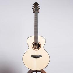 Guitar_10_16__74654.1455031535.1280.1280.jpg