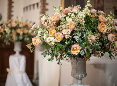 Wedding Flowers by Julia Gauld