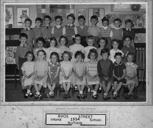 17. 1954.jpg