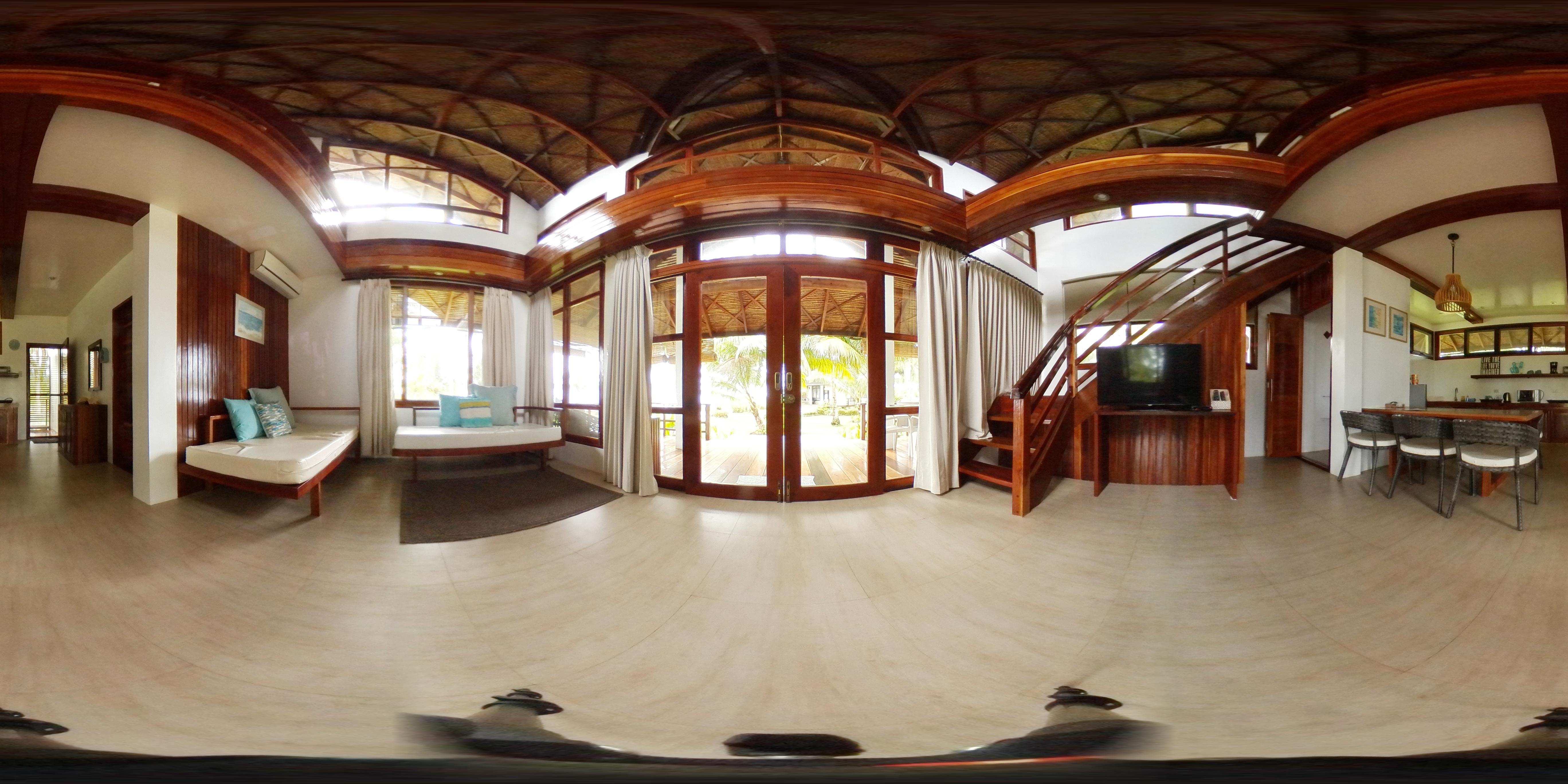 360° View Family Loft
