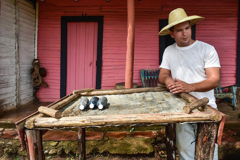 cuban coffee farmer