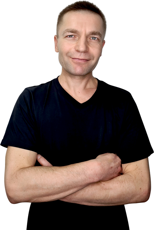 Массажист Олег Харчин
