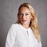 Захарова Екатерина Валерьевна. Стоматолог. Центр Швейцарской Стоматологии. Екатеринбург
