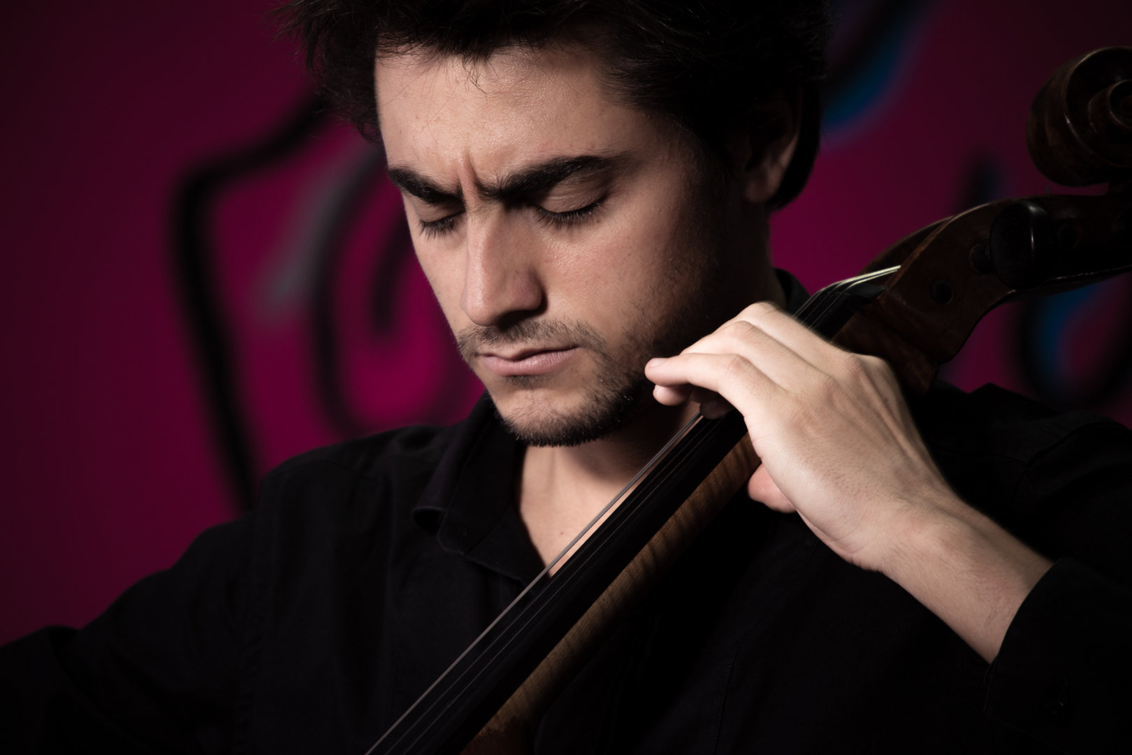 constantin macherel portait with cello 4