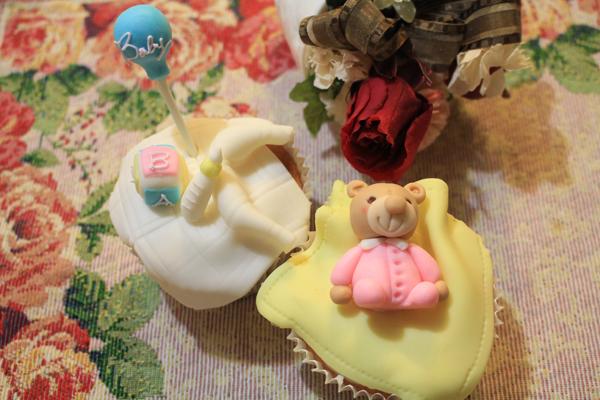 テディーベアのカップケーキ