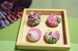 手土産 手毬、蝶、山桜、八重桜