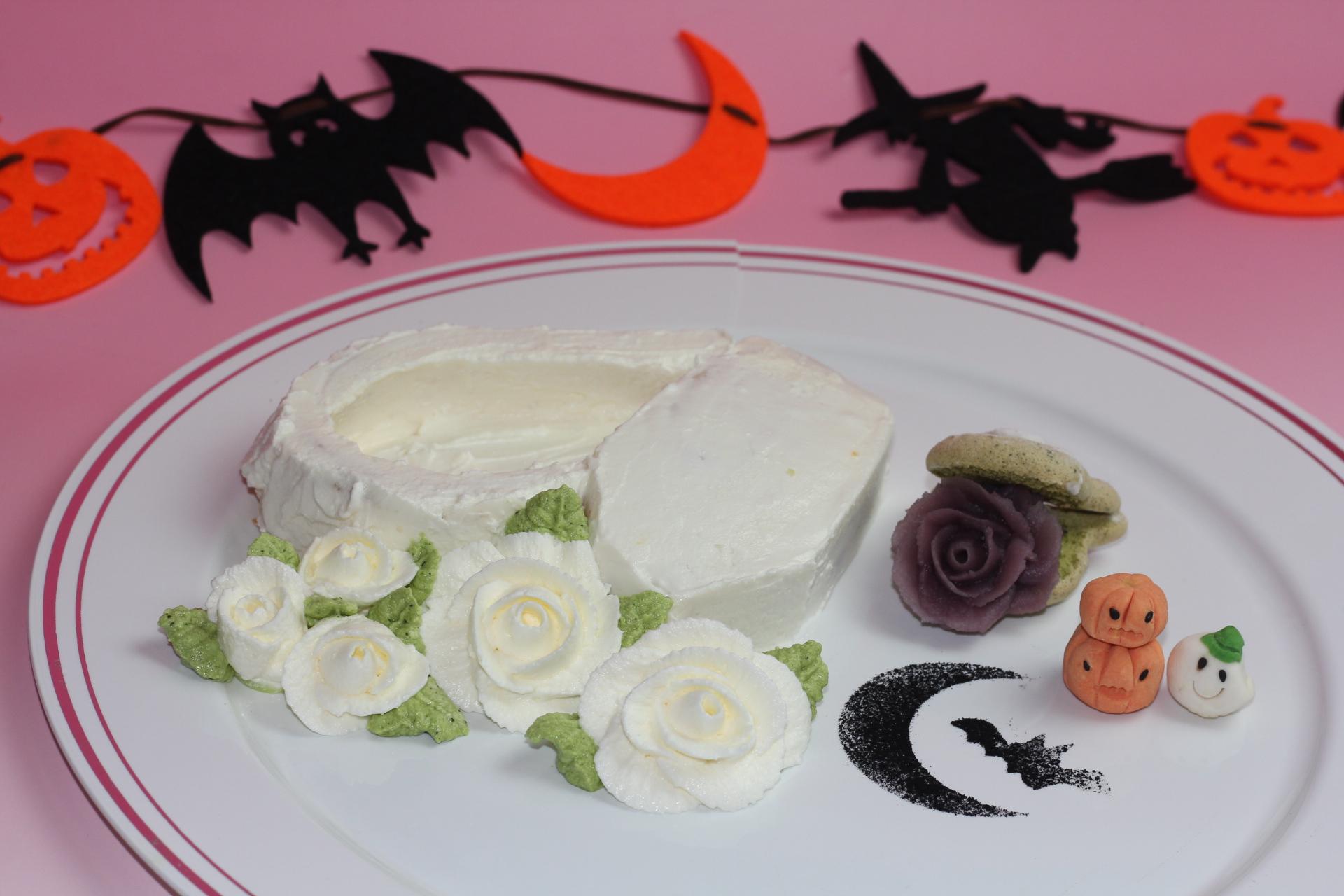 白い棺桶のハロウィンプレート