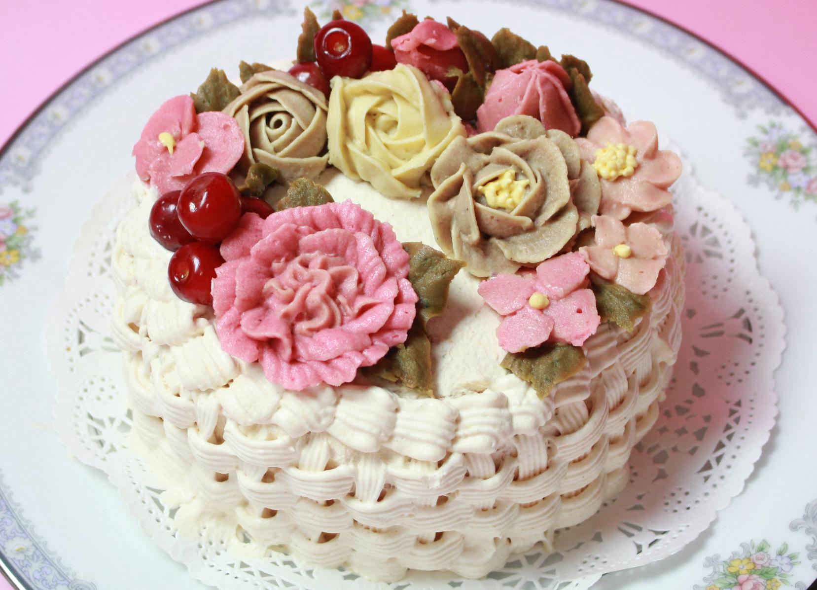 アンティークフラワーバスケットケーキ.きなこクリームとスイートポテト
