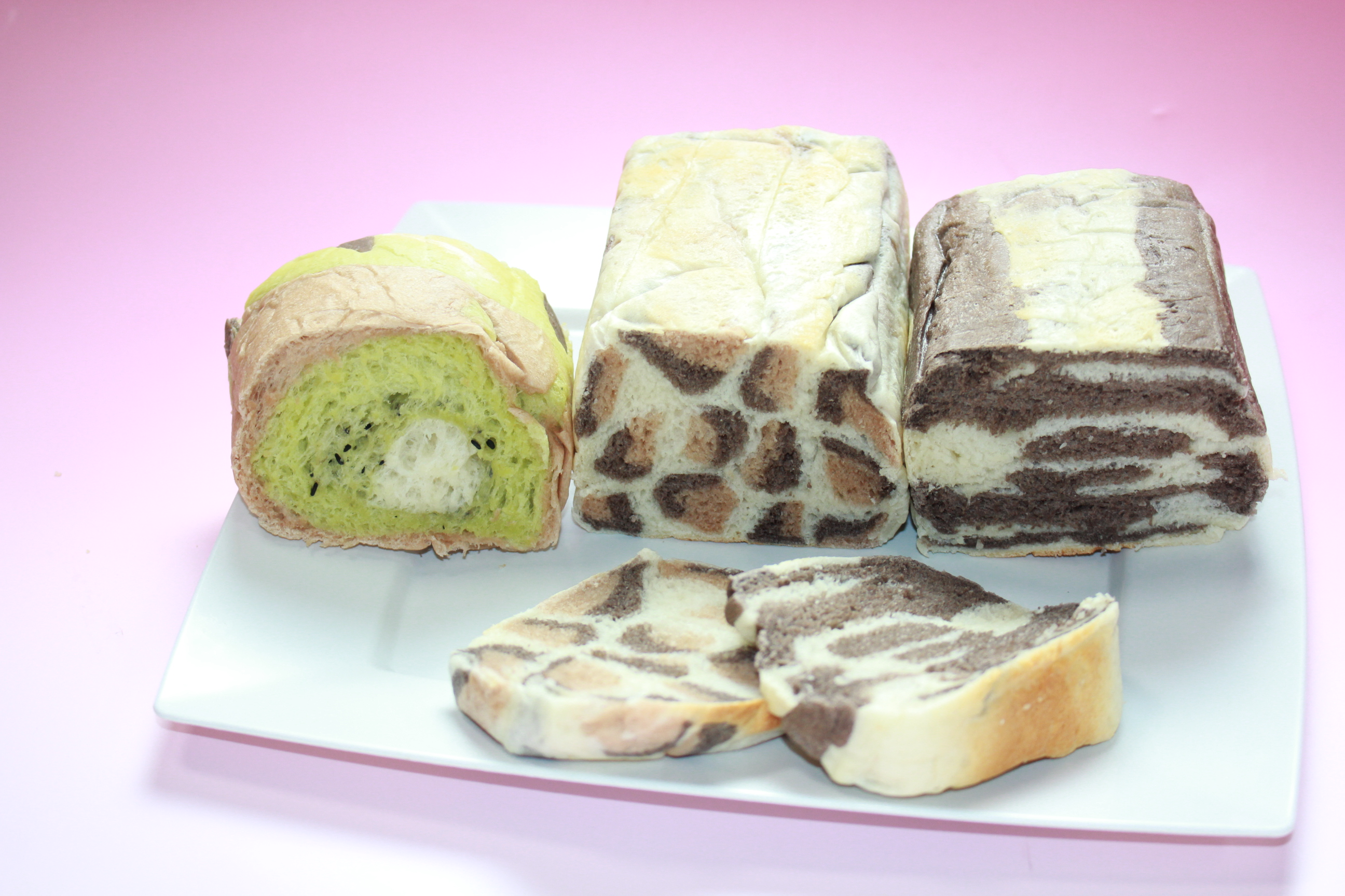 キーウィ、レオパード、ゼブラのイラストパン