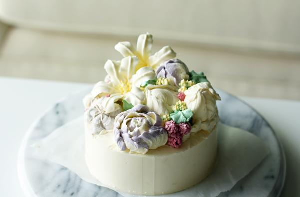 バタークリームケーキ 百合
