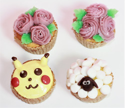 ピカチュー、ショーン、薔薇カップケーキ