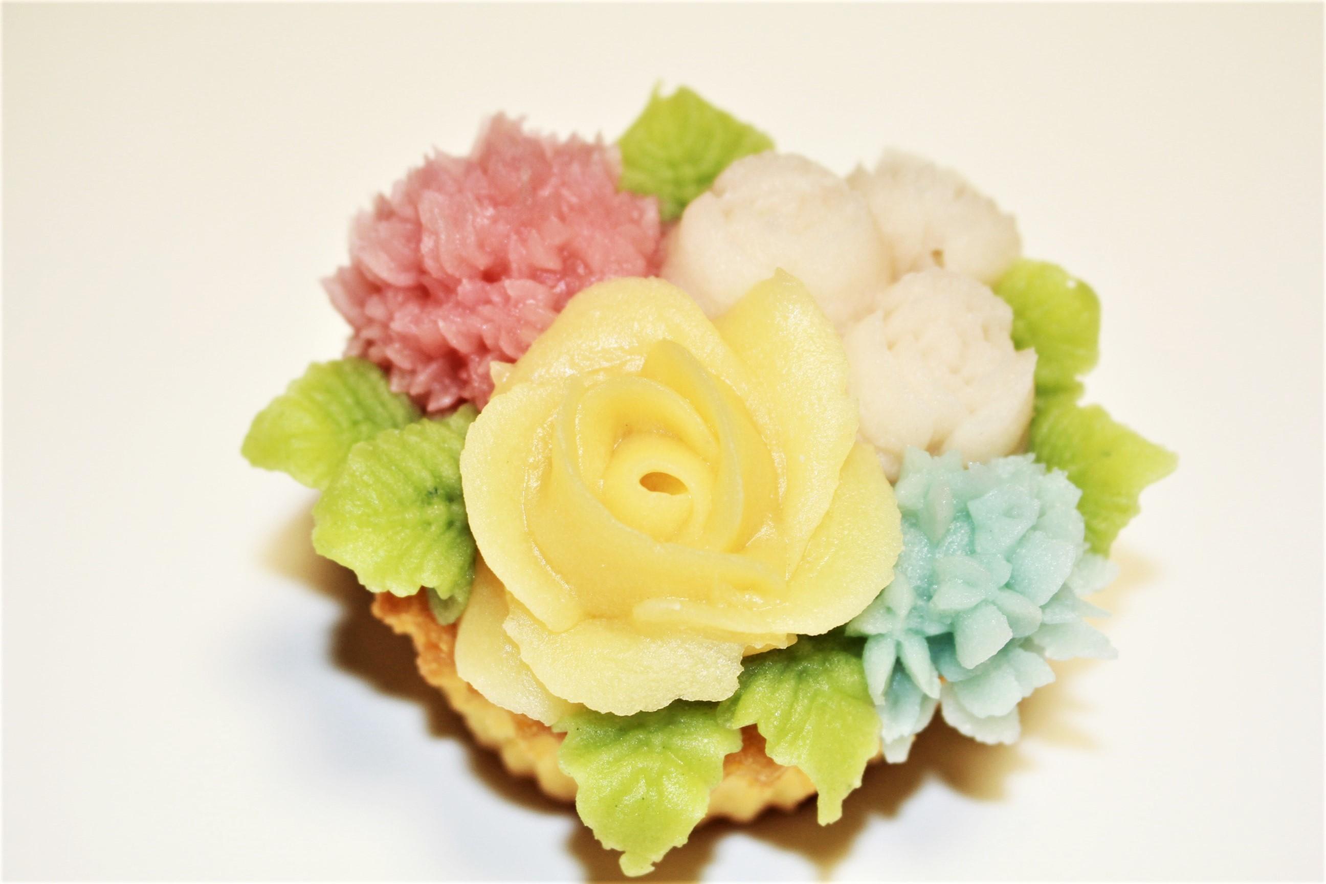 モンブランフラワーカップケーキ