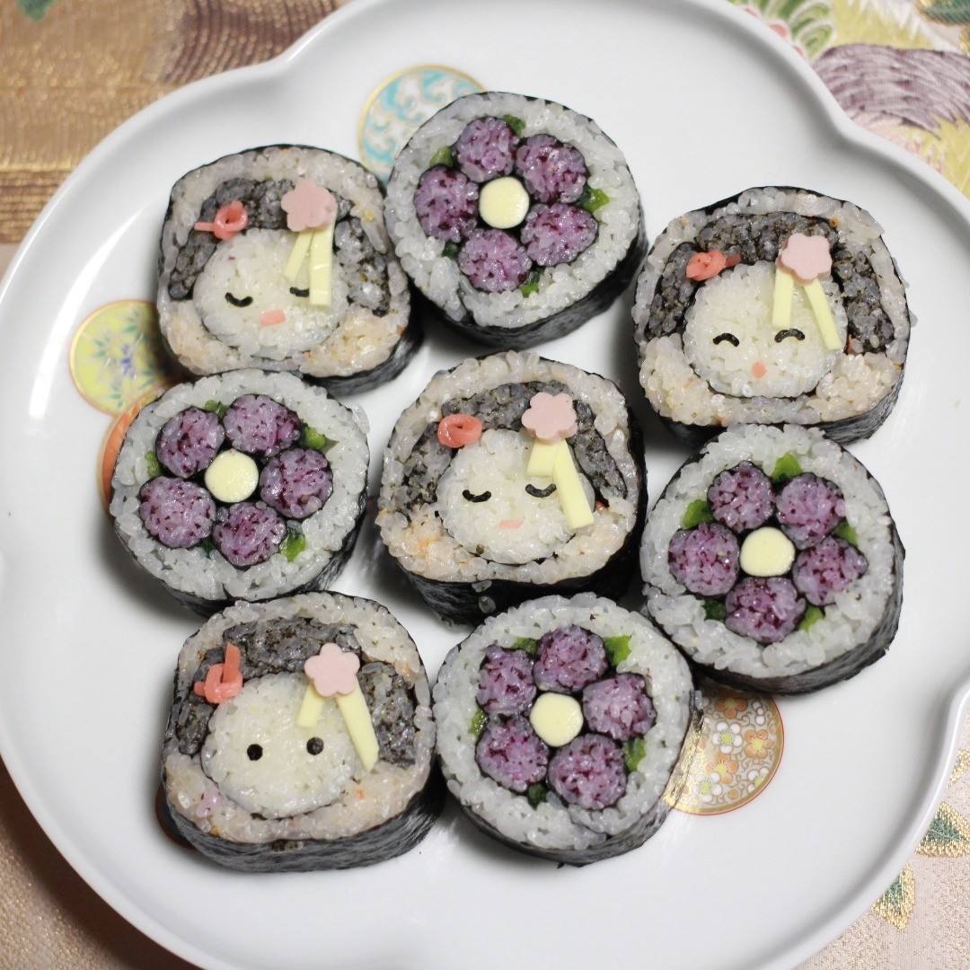 巻き寿司舞妓はんとお花