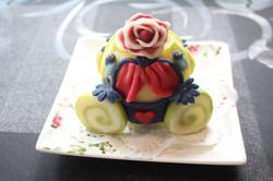 馬車の練り切り浮島ケーキ