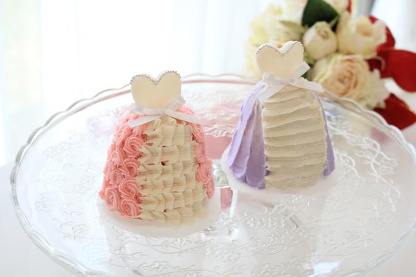 ドレス型ドームケーキ