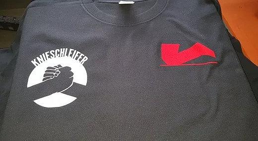 Einer für alle - Alle für einen Männer T-Shirt