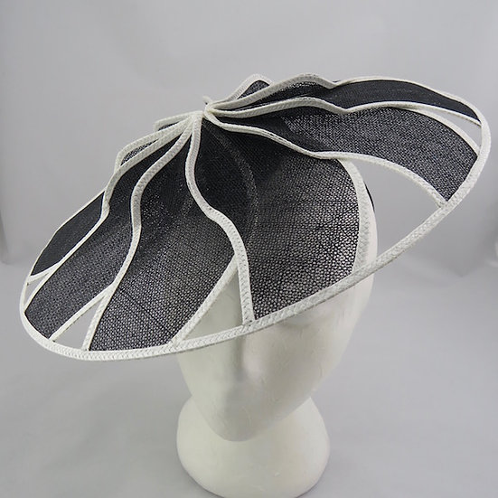 Black & White Starburst Geometric Brim