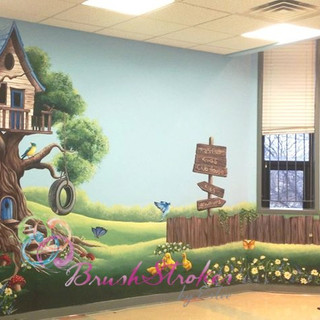 Youth Center Treehouse Mural