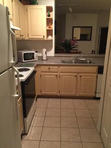 Resort_Apartment_Florida_Kitchen_Christiancoastalapartments