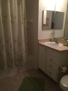 Resort_Apartment_Florida_Bathroom_Christiancoastalapartments